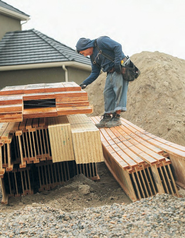 Waikato Construction Framer Alvero Morales Cuts Away Ties On Lumber At A Home Site In Stansbury Park Thursday Morning