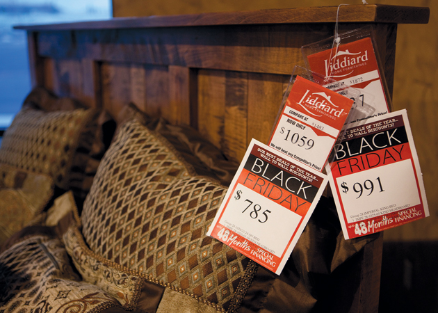 Black Friday losing  sales to turkey day