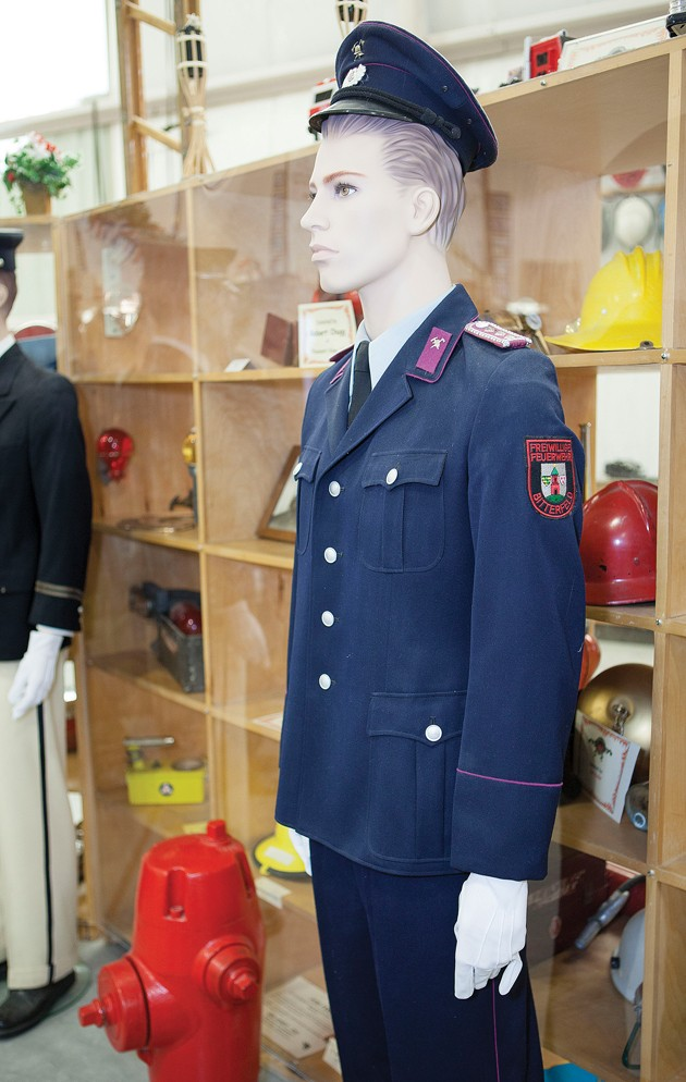 history fire service The history of these insignias can be traced back to the early american fire service when speaking trumpets, or bugles, were used to communicate on the fire ground, dep chief smith says the bugle was worn around officer's neck so they could direct fire fighting operations, therefore officers were easily identified.