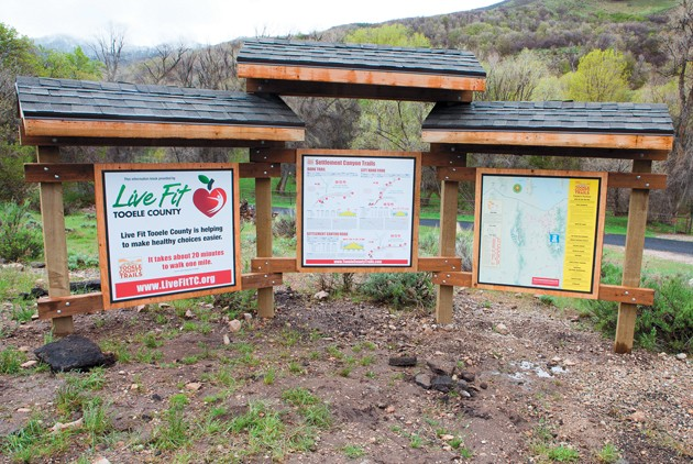 Live Fit installs info kiosk for walkers in Settlement Canyon