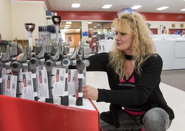 Local stores prepare for Black Friday