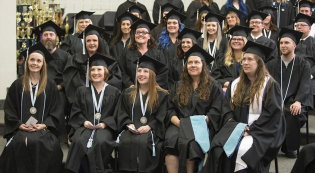 Usu Graduation 2020.Usu Tooele Graduates 165 Students Tooele Transcript