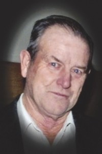 "Obit Richard ""Dick"" V. Davis"