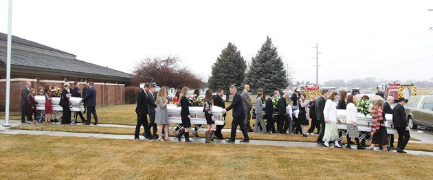 Haynie family, friends mourn victims at funeral