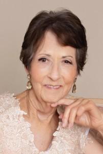 Obit Carolyn Elaine Walker